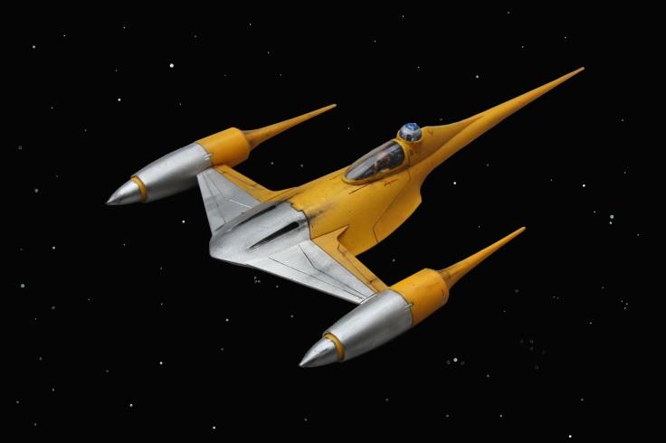 08 N1 Naboo Starfighter